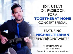 a képen Michael Tiernan látható gitárral a kezében